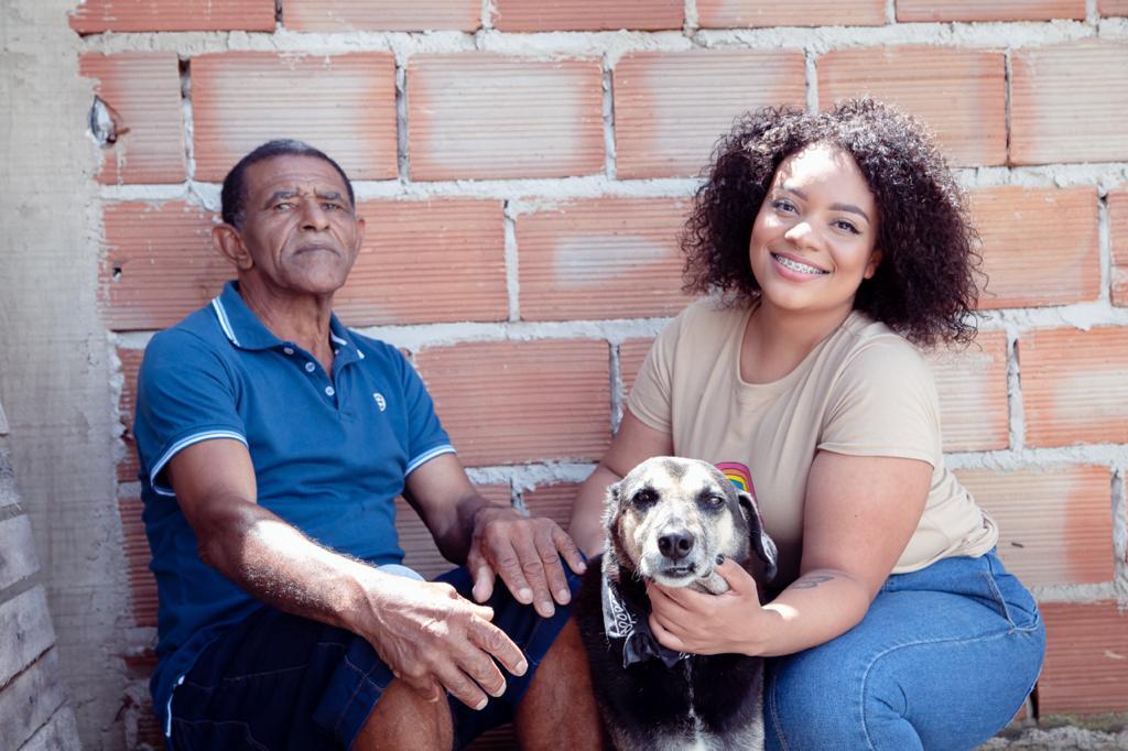 Francisco e a família (Divulgação/Vale)